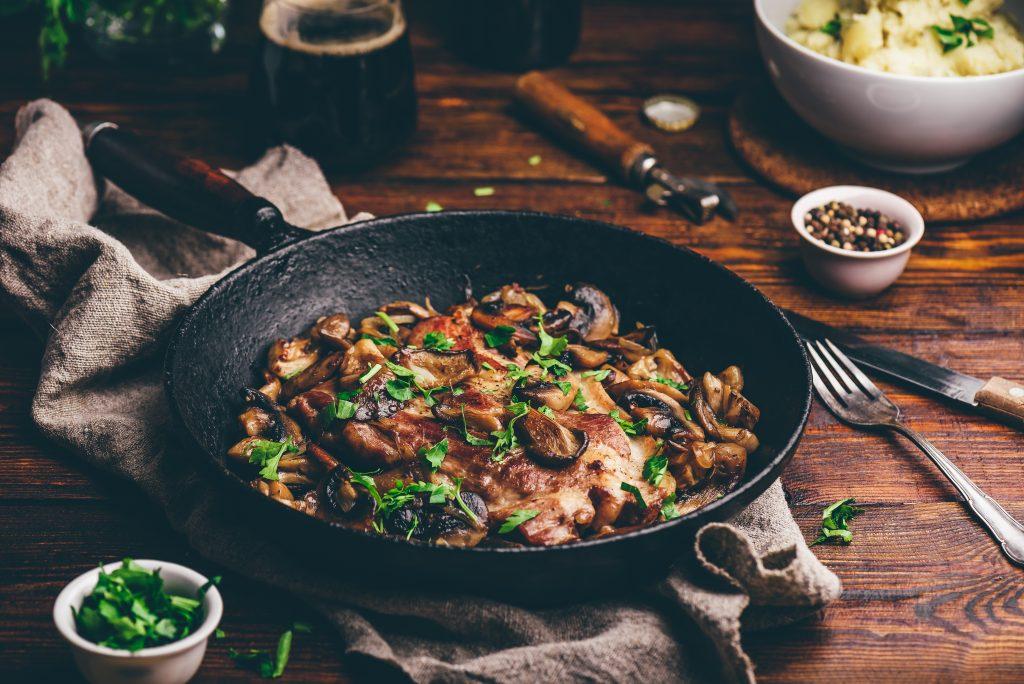 Filet de porc à la crème fraîche et aux champignons