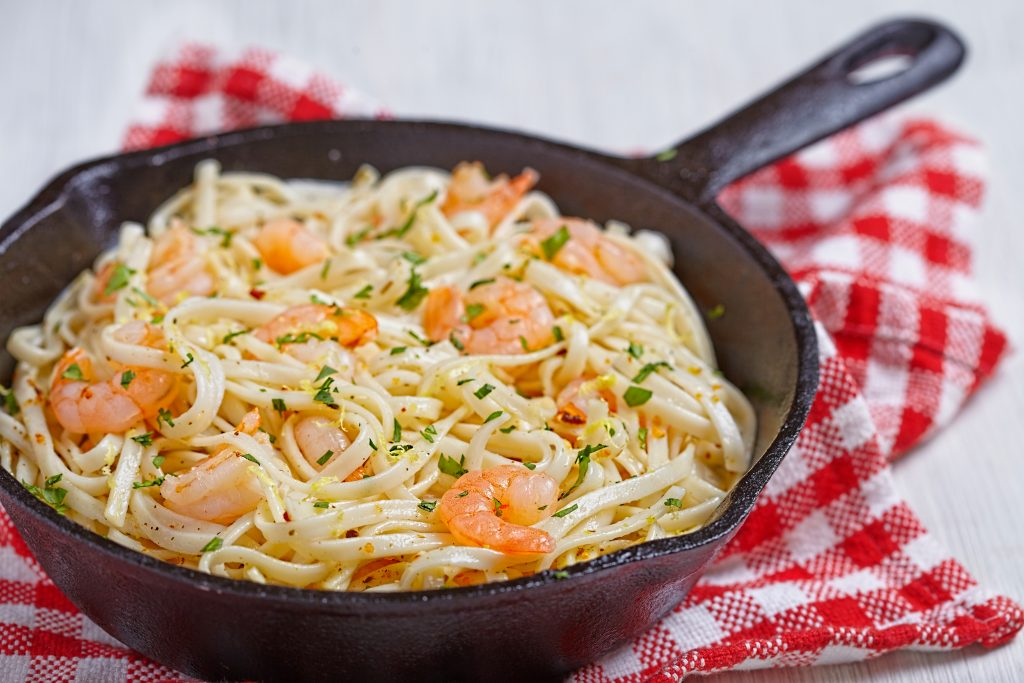 Spaghettis aux crevettes et beurre à l'ail