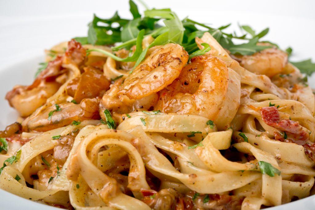 Tagliatelles aux crevettes. Une recette super simple