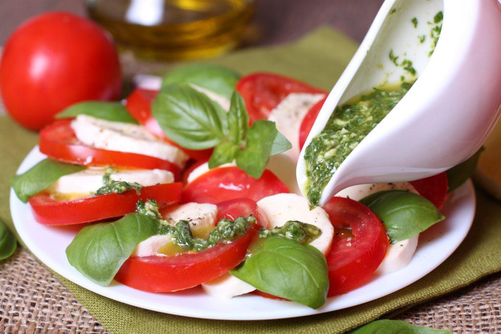 Tomates mozzarella pesto