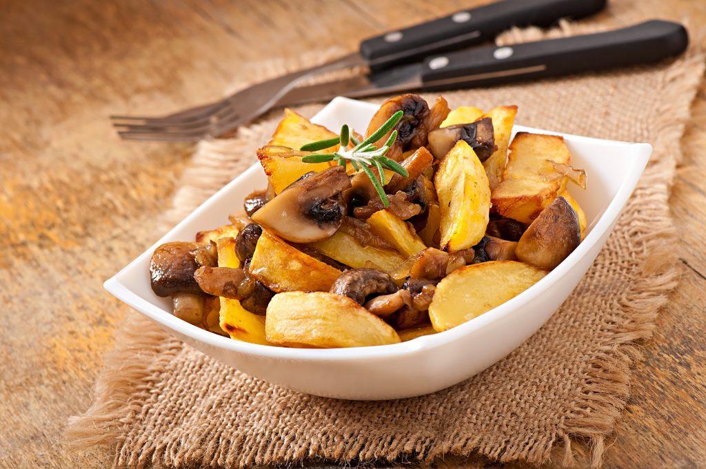 Pommes de terre rôties aux champignons
