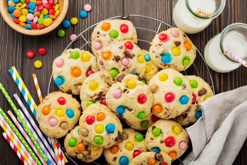 Cookies aux bonbons multicolores